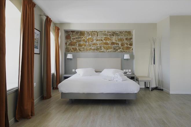 Diogenis Hotel - Ermoupoli - Makuuhuone