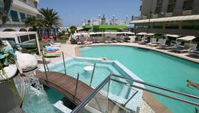 Hotel Splendid Mare - Cattolica - Pool