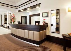 Best Hotel Zeller - Königsbrunn - Accueil