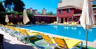 Itaca Fuengirola - Fuengirola - Pool