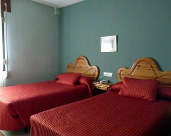 Hostal La Venta De Valcorba - Soria - Slaapkamer