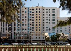 NH Lisboa Campo Grande - Lissabon - Gebouw