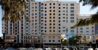 NH Lisboa Campo Grande - Lisbon - Building