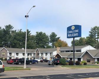Cobblestone Hotel and Suites - Wisconsin Rapids - Wisconsin Rapids - Edificio