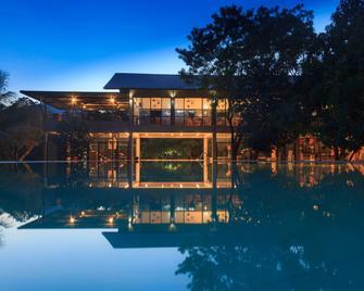 提蘭卡渡假村溫泉酒店 - 丹布拉 - 丹布拉