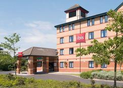 ibis Preston North - Preston - Building