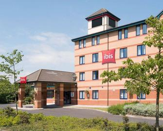 ibis Preston North - Preston - Κτίριο
