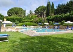 Hotel Villa San Giorgio - Poggibonsi - Πισίνα