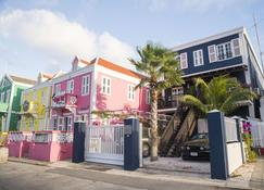 Pm78 Boutique Apartments - Willemstad - Building