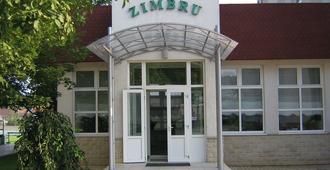 Zimbru Hotel - Chisinau