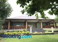 Anoi Itam Resort - Sabang - Bangunan