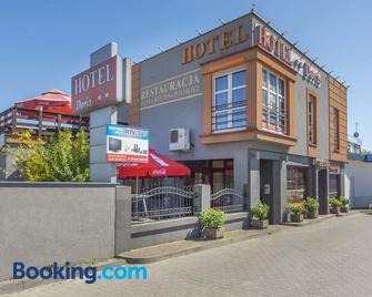 Hotel Doris - Oborniki - Building