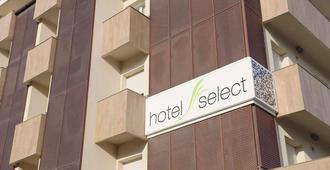 Hotel Select Suites & Spa - Riccione - Building