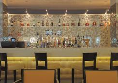 Radisson Blu Hotel, St. Gallen, Acron Helvetia X - Saint Gallen - Bar