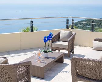 Les Terrasses d'Eze - Hôtel & Spa - Eze - Балкон