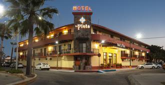 Hotel La Pinta - Ensenada - Building