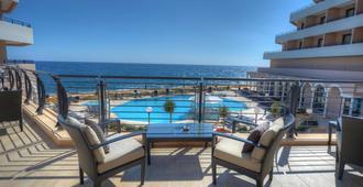 Radisson Blu Resort, Malta St Julian's - St. Julian's - Balcony