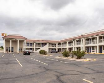 Rodeway Inn - Santa Rosa - Building