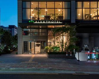 Alex 72 Hotel - Suwon - Building
