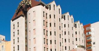 Hotel Alif Campo Pequeno - ליסבון - בניין