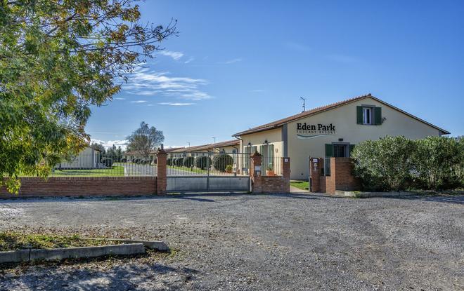 Eden Park Resort - Pisa - Building