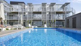 Visby Lägenhetshotell - Visby - Uima-allas