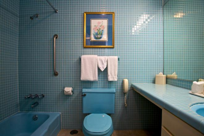 Le Richelieu in the French Quarter - New Orleans - Bathroom