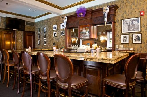 Le Richelieu in the French Quarter - New Orleans - Baari