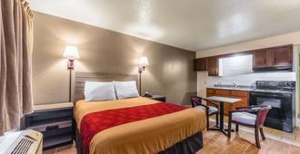 Econo Lodge San Marcos University Area - San Marcos - Bedroom