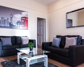 Platinum Sa - Openshaw House - Bury (Greater Manchester) - Living room