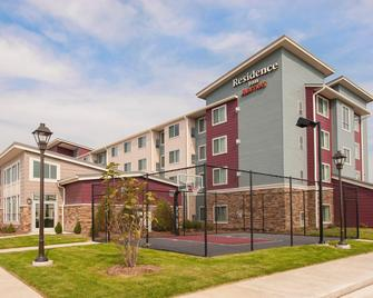 Residence Inn Bloomington - Bloomington - Building