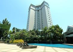 Java Paragon Hotel & Residences - Surabaya - Edificio