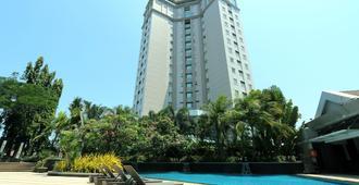 Java Paragon Hotel & Residences - Surabaya - Bygning