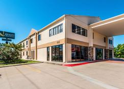 Quality Inn & Suites Round Rock-Austin North - Round Rock - Bâtiment
