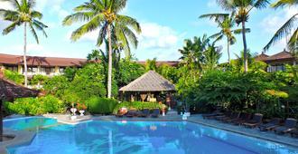 Palm Beach Hotel Bali - Kuta - Piscina