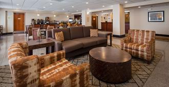 Best Western Plus Belle Meade Inn & Suites - נאשוויל - טרקלין