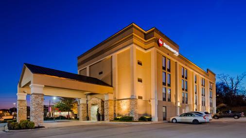 Best Western Plus Belle Meade Inn & Suites - Nashville - Gebäude