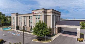 Best Western Plus Belle Meade Inn & Suites - Nashville - Building