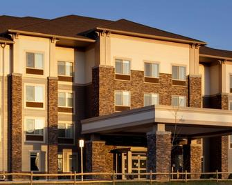 Best Western Plus University Park Inn & Suites - State College - Building