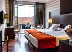 Hotel Zenit Pamplona - Pamplona - Bedroom