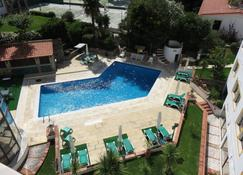 Clube do Lago - Κασκάις - Πισίνα