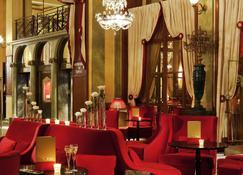 Hôtel Barrière Le Royal Deauville - Deauville - Lobby