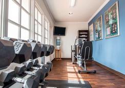 Comfort Suites San Clemente Beach - San Clemente - Gym