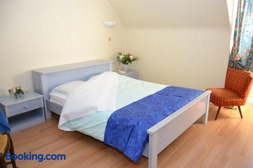 Aux Deux Clefs - Sommerau - Bedroom