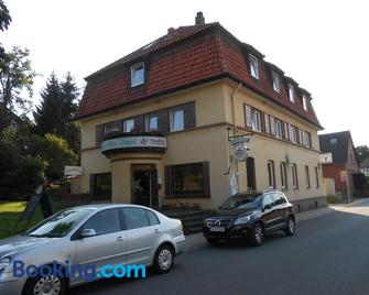 Zum Grünen Jäger - Barsinghausen - Gebouw
