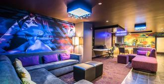 Tilt Hotel Universal-Hollywood Ascend Hotel Collection - לוס אנג'לס - טרקלין