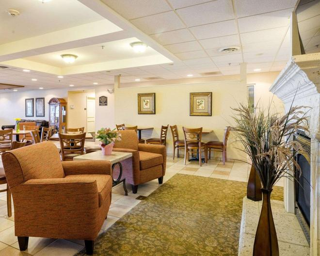 MainStay Suites - Dover - Lobby