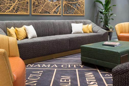 Tryp By Wyndham Newark Downtown - Newark - Living room