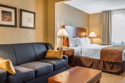 Comfort Suites Near Casinos - Norwich - Bedroom