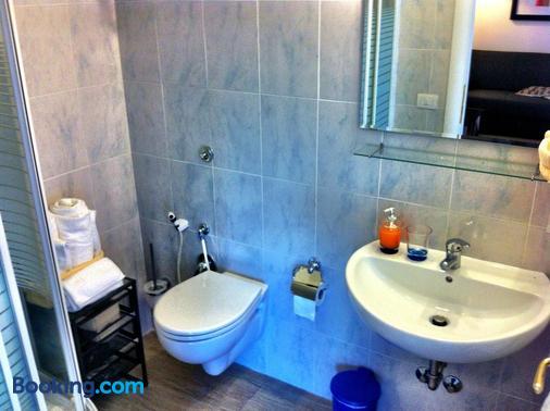 Vatican Paradise - Rome - Bathroom